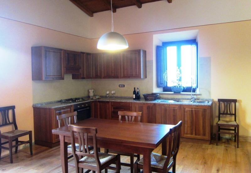 Kitchen area, traditional option