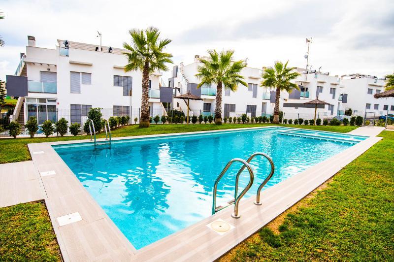 Apartment Escorpiones, holiday rental in Punta Prima