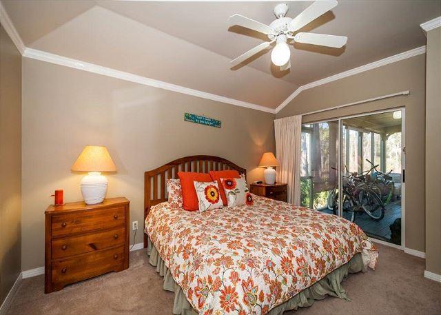 First Floor King Bedroom
