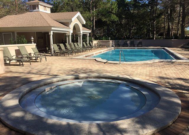 Baypines Pool