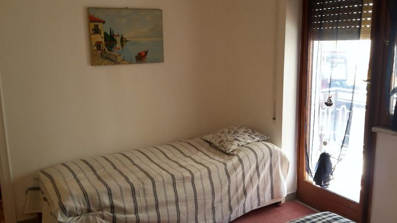 bed room - twin bed