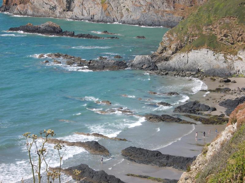 Coastal scene walking to Porthgain