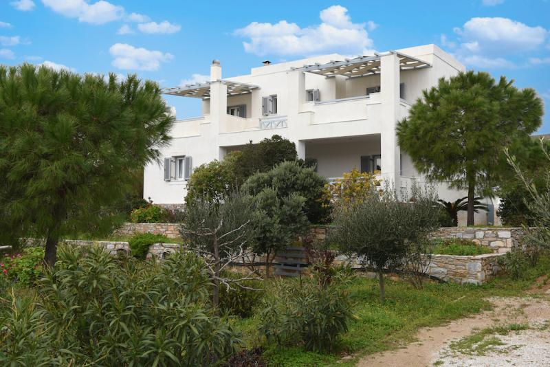 Neda and Apollon resort, location de vacances à Vari