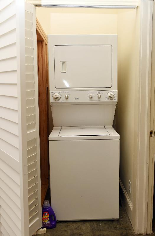Washer and dryer for guest use