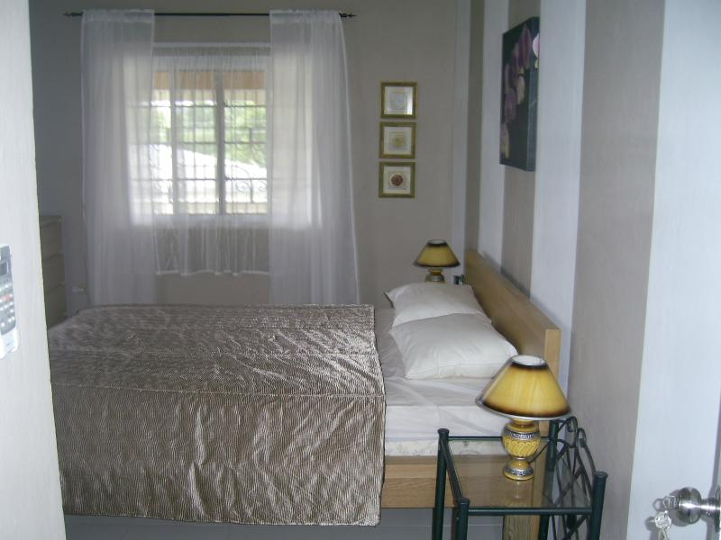 Bedroom: Queensize bed, a/c, fan, large closet, chester 4 drawer