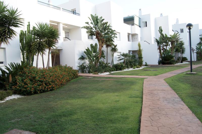 Fantástico Casa en Guadalmina Baja, vacation rental in Marbella