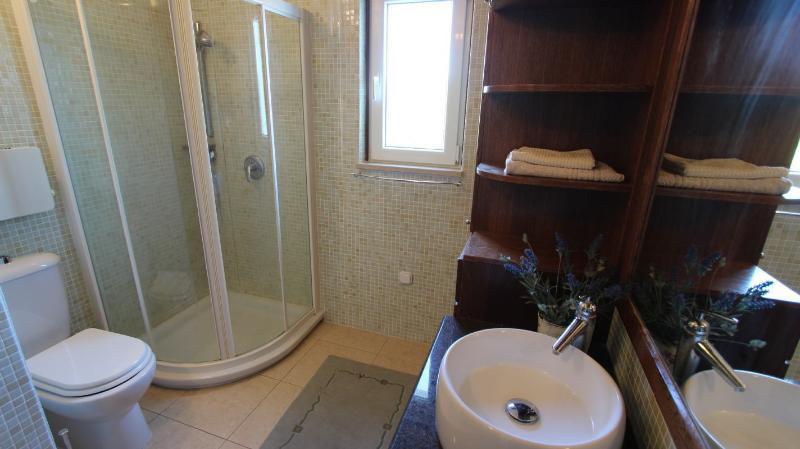 A1 (6 + 1): bagno con WC