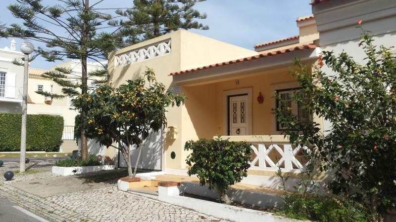 Holiday House, holiday rental in Vilamoura
