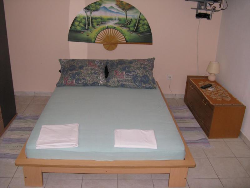 Apartmani Josip Lela - Apartment 2, holiday rental in Zaboric
