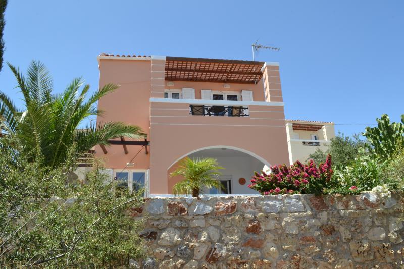 Villa Sinefo Ennea