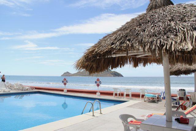 Islas del Sol 1403- Beach Condo, vacation rental in Mazatlan
