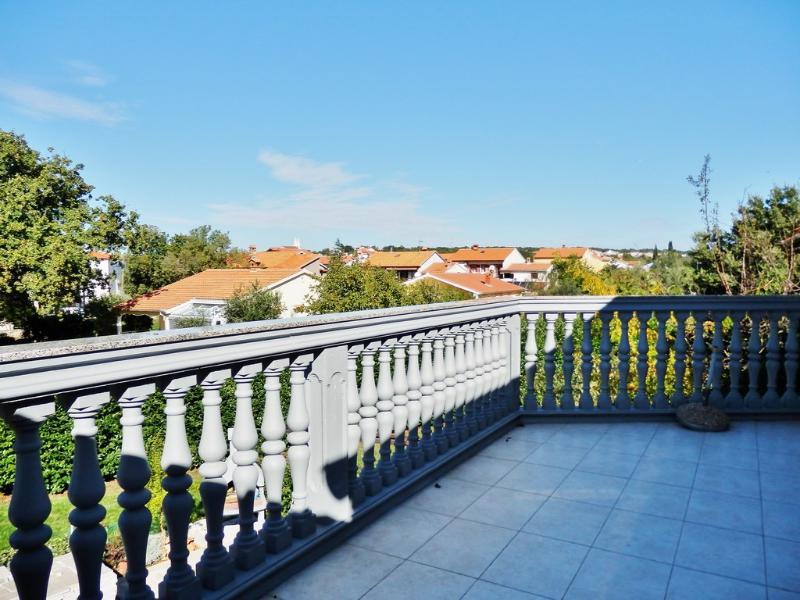 A veliki(4): terrace