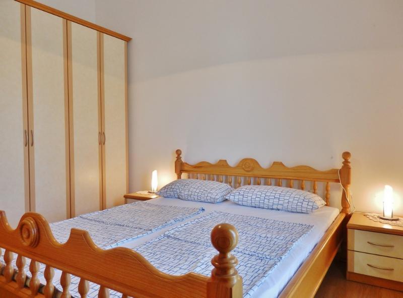 A veliki(4): bedroom