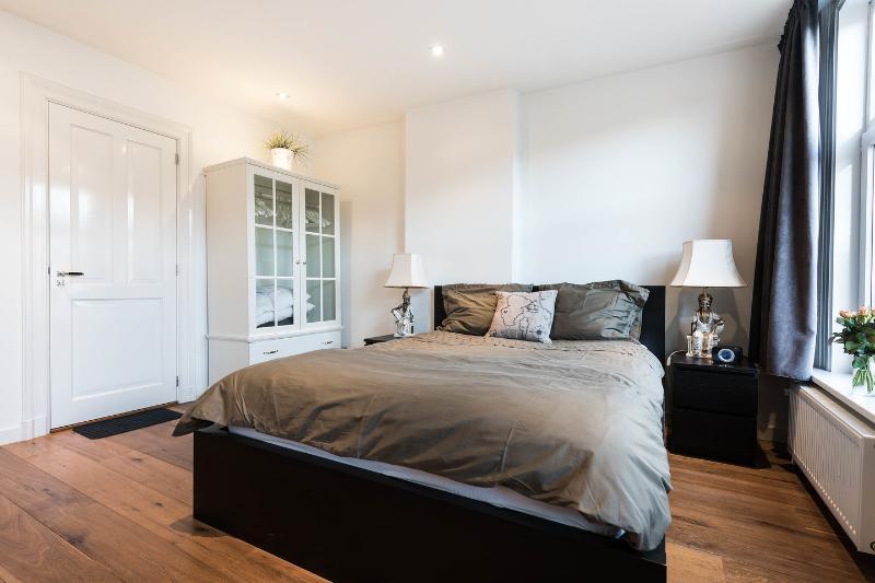 The Master En-suite Bedroom