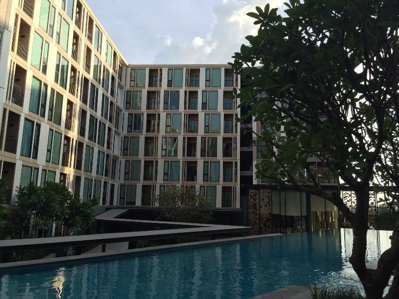 The Base uptown @room no.1, location de vacances à Ban Sam Kong