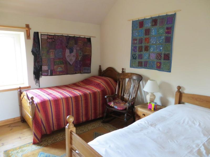 Borea Barn Vegetarian Bed and Breakfast, holiday rental in Nancledra