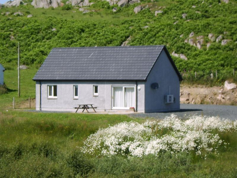 Ardfin Cottage, holiday rental in Isle of Mull