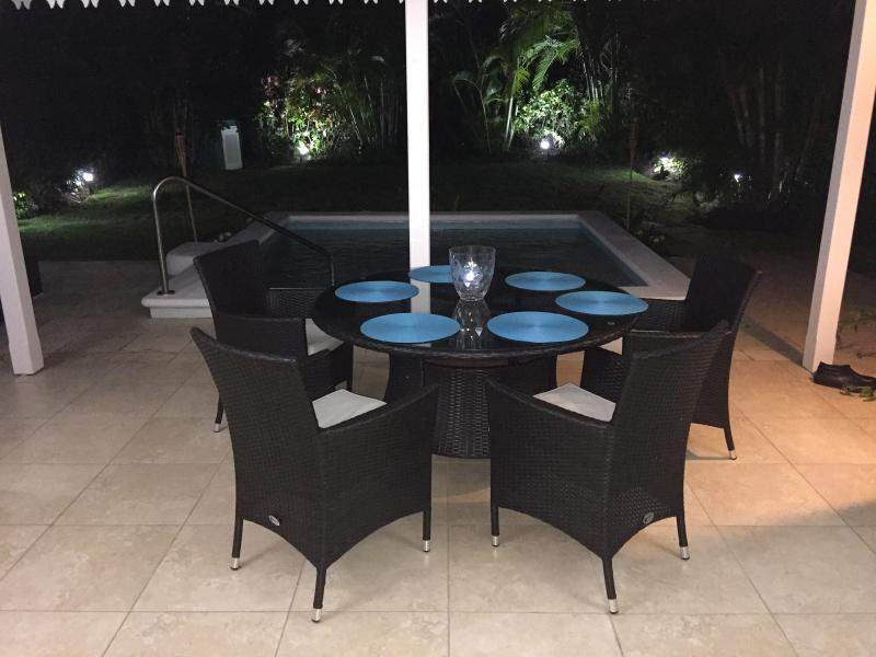 Enjoy candlelit dinners on the patio