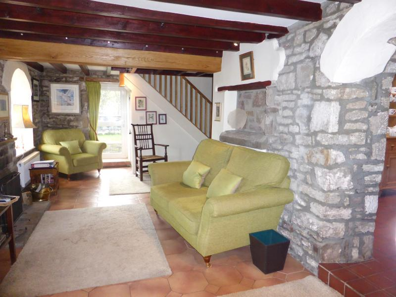 Riverside Cottage, Tintern, Monmouthshire, holiday rental in Llandogo
