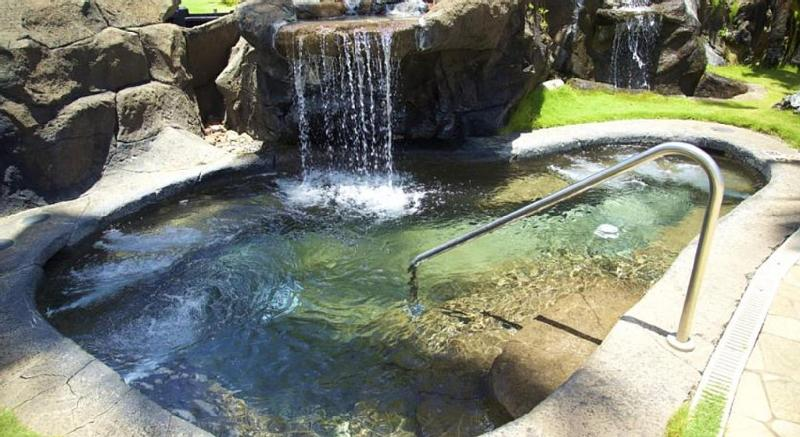 One of the spas with waterfall