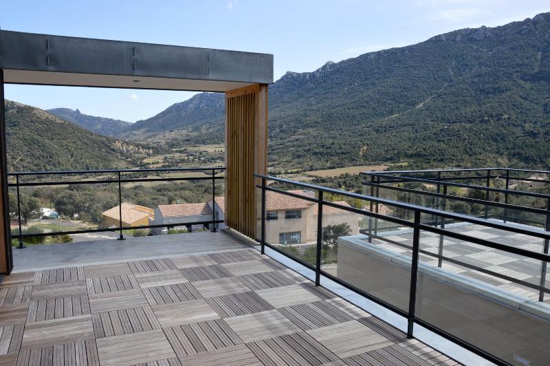 La terrasse avant