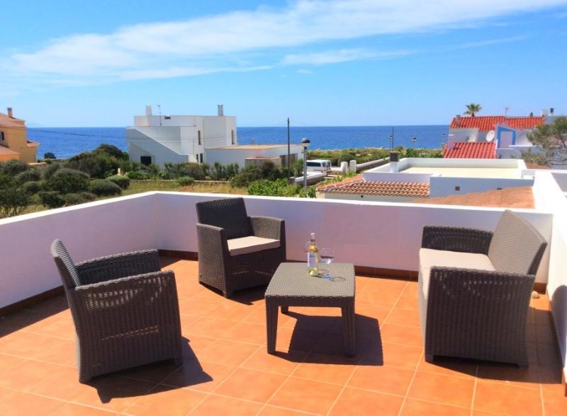 Villa con vistas al Mar desde el gran solario en azotea.