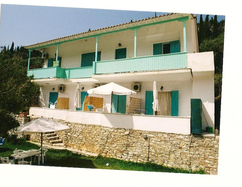 VILLA MILOS , AGIOS NIKITAS, LEFKADA, GREECE, location de vacances à Lefkada