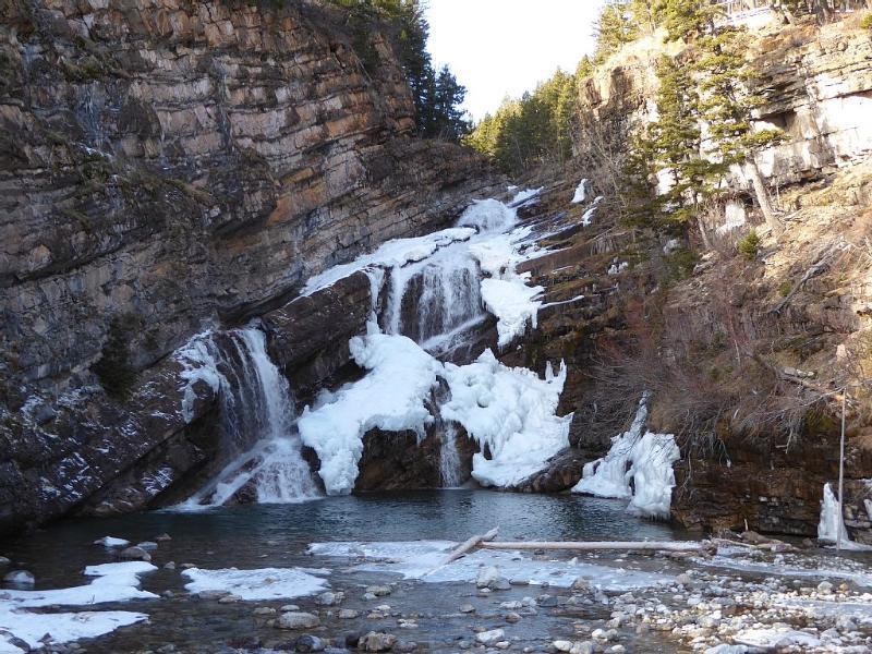 Cameron Falls en el invierno.