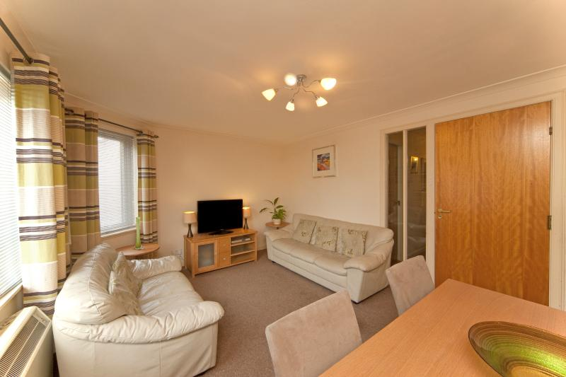 Self Catering Holiday Apartment Oban - 3 Albany Apartments ...