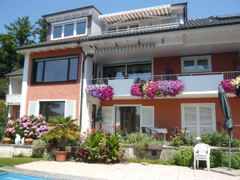 Vacation Apartment in Langenargen - quiet, comfortable, WiFi, Sat TV (# 2319) #2319