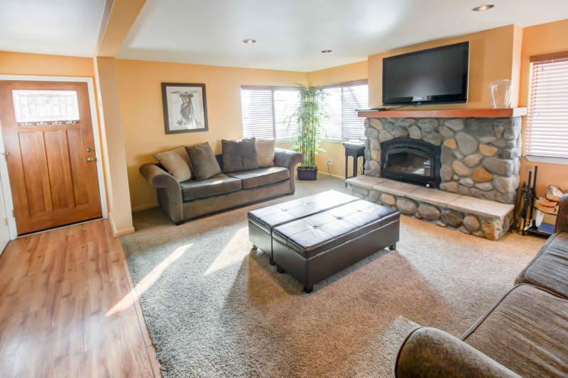 San Sierra #16 - Living room 2 sofa sleepers