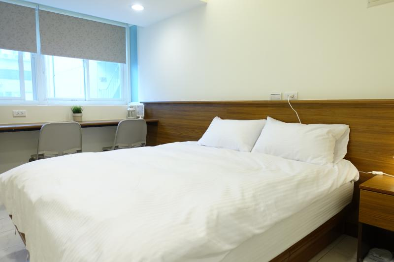 07 3 min. to Zhongxiao Fuxing MRT。Newly renovated, vacation rental in Taipei