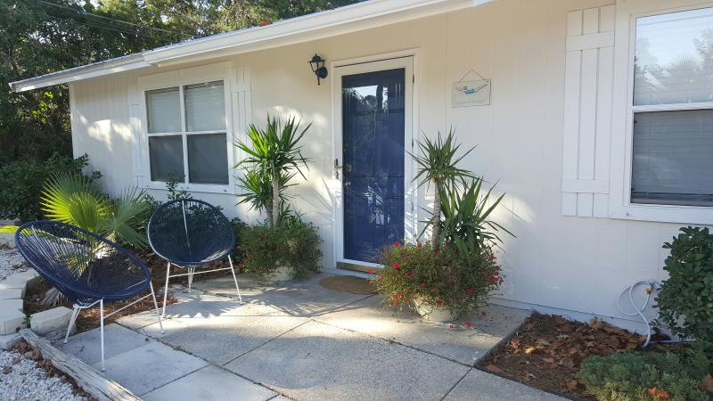 Beautifully appointed cottage only four blocks from beach.