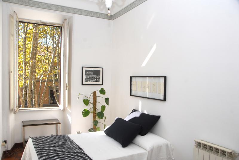 apt bianco e nero updated 2019 1 bedroom apartment in rome with rh tripadvisor com