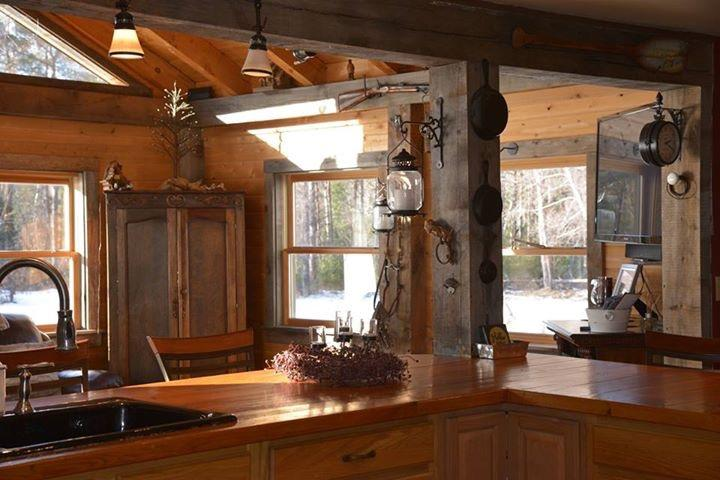 *Adirondack Mtn view* Unique, Exquisite Farmhouse, casa vacanza a Keeseville