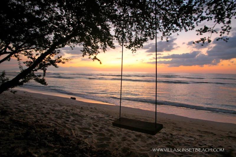 Beach swing at Villa Sunset Beach