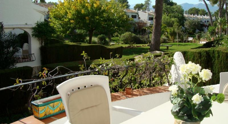 Casa Leila is a perfectly positioned 2 bed apt., holiday rental in Jesus Pobre