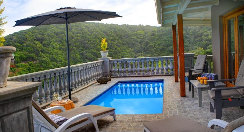 piscine Splash avec mer et de montagne