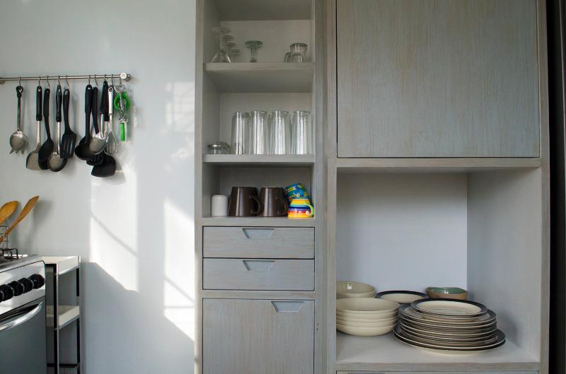 Ampio armadio cucina