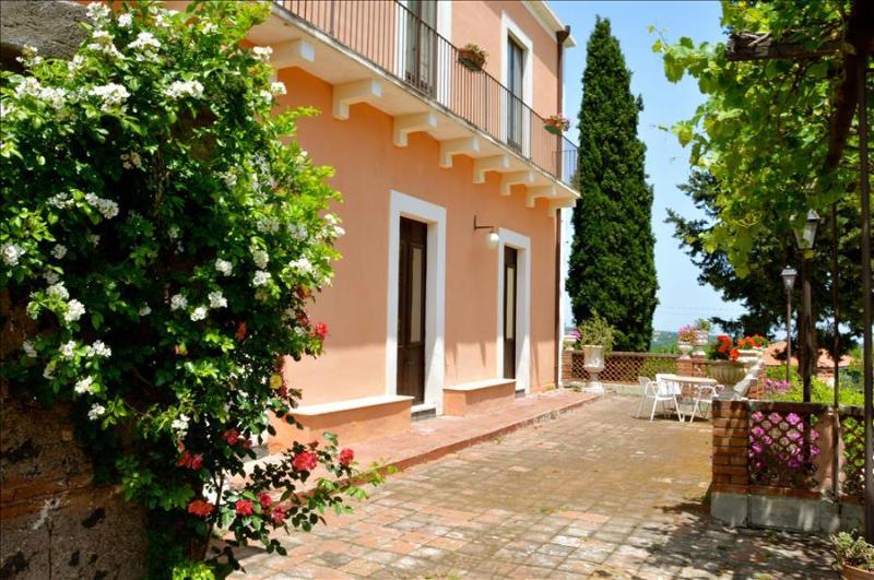 Villa Bonaccorso - La Dimora, casa vacanza a Viagrande