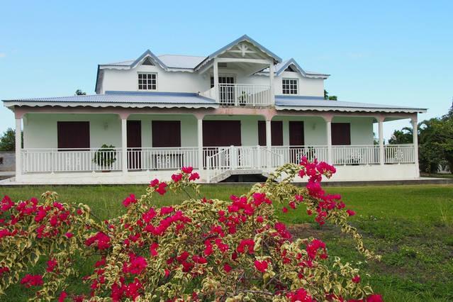 Haut de villa, location de vacances à Sainte Rose