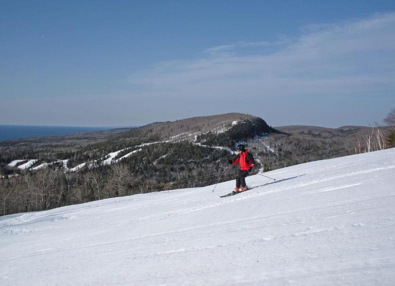 Ski lovers, the midwest's best skiing is 1 mile up the road at Lutsen Mountains.