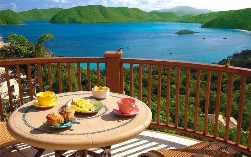 The Peter Bay 1BR Honeymoon Suite at St. John, alquiler vacacional en Jost Van Dyke