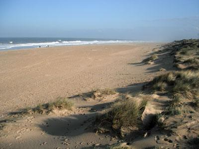 You can be on this wonderful beach in less than a 10 minute walk from the cottage