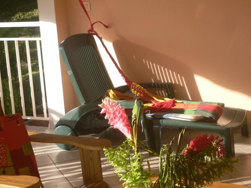 Bain de soleil et un hamac