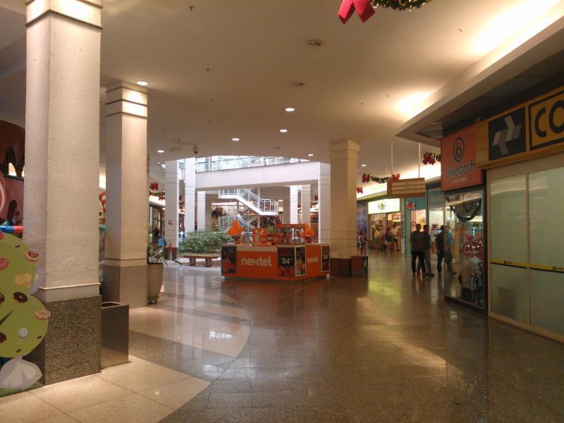 Shopping - Supermercado, restaurantes, bancos 24h, etc. Shopping - Restaurants, supermarket, 24hbank
