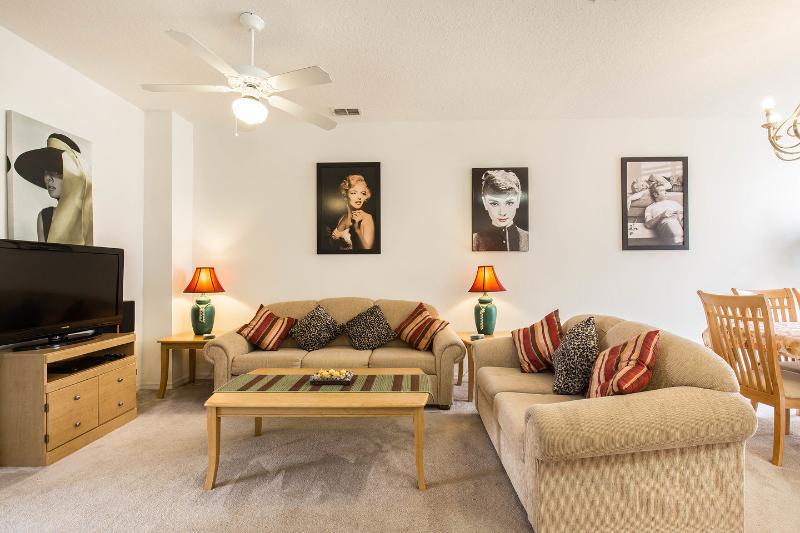 The lounge area themed around 20th century movie icons.
