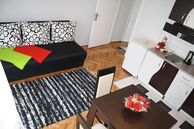 Apartment Marina, vacation rental in Herceg-Novi Municipality