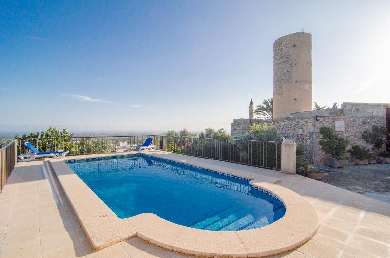 FINCA SA TORRE  - Villa for 6 people in S'Horta, location de vacances à S' Horta