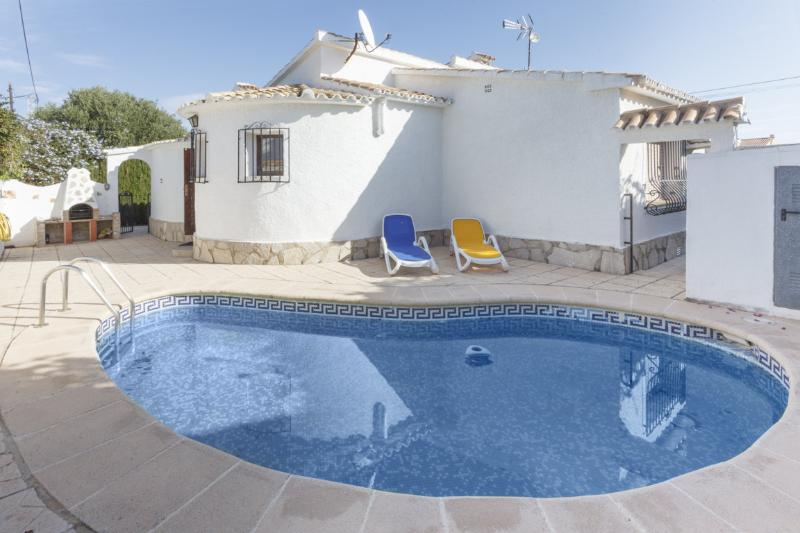 ALMADRAVA - Villa for 8 people in Els Poblets - Playa De Almadrava, vacation rental in Sagra